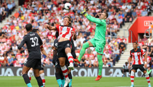 Liverpool menempatkan diri di puncak klasemen sementara Premier League 2019/20 setelah meraih kemenangan tipis dengan skor 2-1 atas Southampton di St. Mary's...
