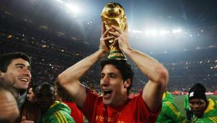 Sejarah sepak bola dunia mencatat banyak hal soal momen-momen kejayaan yang pernah terjadi, baik itu di level sepak bola klub atau internasional. Tak...