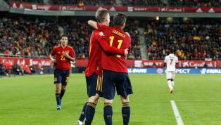 España aseguró el primer puesto del Grupo F tras derrotar a Malta por un abultado 7-0. El combinado de Robert Moreno endosó una goleada de escándalo a una de...