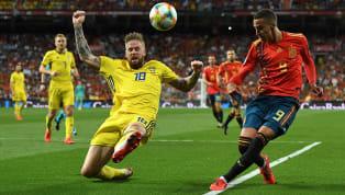 El director deportivo delValencia, Mateu Alemany, ha asegurado que Rodrigo nunca les pidió salir del club, y que posiblemente el jugador no lo había...