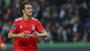 El jugador pretendido por el Real Madrid ha desatado una ola de locura en Portugal que no se veía desde la irrupción de Cristiano Ronaldo, y con 19 años ya...