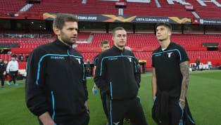 Sevilla 🚨 Once del #SevillaFC 🆚 @OfficialSSLazio: Vaclík, Sergi Gómez, Kjaer, Mercado, Jesús Navas, Escudero, Roque Mesa, Franco Vázquez, Sarabia, André...