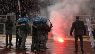 Viele werden sich an dieVorkommnissein Rom vor knapp einem Monat erinnern. Einige aus Frankfurt mitgereiste Chaotenbewarfen im Innenraum des Stadions...
