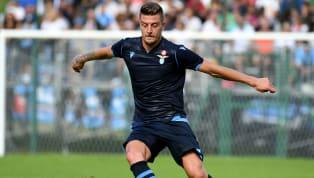 Manchester United soll laut italienischen Medienberichten vor dem Transfer von Lazios MittelfeldspielerSergej Milinkovic-Savic stehen.DieBiancocelesti...