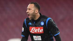 CLB Arsenal đã bán thành công thủ thành David Ospina cho Napoli, bản hợp đồng này đã được hai bên hoàn tất. David Ospina đã có một mùa bóng thi đấu cho...