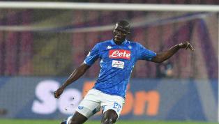 Terus menunjukkan performa apik bersama Napoli, Kalidou Koulibaly mulai dipantau oleh klub-klub besar Eropa. Saat ini, sudah ada tiga klub yang bersaing untuk...