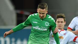Paul Seguin bleibt der SpVgg Greuther Fürth weiter treu. Wie die Kleeblätter mitteilten, wird der 24-Jährige, der bislang vom VfL Wolfsburg ausgeliehen war,...