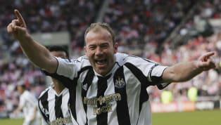 """Trên trang chủ Premier League, huyền thoại Alan Shearer đã hết lời ca ngợi đồng nghiệp lừng danh Thierry Henry của Arsenal. """"@ThierryHenry is my dream strike..."""