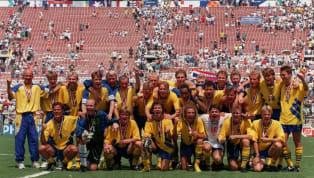 La prima partecipazione all'Europeo del '92 come paese ospitante. Un esordio da sogno con il raggiungimento della semifinale contro la Germania. Un risultato...
