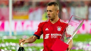 Dass der FC Bayern Münchenaufräumen wird, steht schon seit Längerem fest, doch bislang hat sich in Sachen Transfers noch nicht viel getan. Mit Pavard...