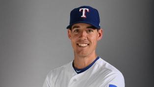 El lanzador de losRangers de Texas,Luke Farrell,debió salir del encuentro contra los Gigantes de San Francisco después que un batazo lo golpeara en la...