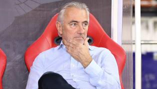 HLV trưởng tuyển UAE ôngBert Van Marwijk khẳng định rằng ông không hài lòng với công tác trọng tài ở trận đấu với Việt Nam. Tuyển Việt Nam có chiến thắng...