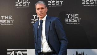 Non si placano le polemiche per la frase pronunciata dalla stella del Milan di Sacchi, Marco Van Basten, durante una diretta con una tv olandese. L'ex...