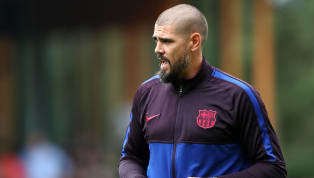 Thủ thành Victor Valdes đã có kỷ niệm đáng nhớ trong ngày đầu dẫn dắt đội U19 Barcelona. Theo tờ Sport, cựu thủ môn của Barcelona đã không giữ được bình tĩnh...