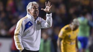 Cristian Calderónconfesóque le gustaría jugar la próxima temporada en el equipo deTigresoRayados, por lo que rápidamente la prensa le cuestiono al...