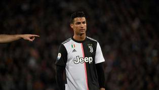 Cristiano Ronaldomới đây khẳng định anh cũng có lúc 'buồn vì những lời chỉ trích nhưng rồi cũng phải tập làm quen với những kẻ 'luôn chĩa mũi súng phê phán...