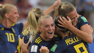  ทีมฟุตบอลหญิงทีมชาติสวีเดน สร้างเซอร์ไพรส์หักด่าน ทีมชาติเยอรมนี ดีกรีแรงกิ้งอันดับที่ 2 ของโลกด้วยสกอร์ 2-1 กรุยทางสู่รอบรองชนะเลิศศึกฟุตบอลโลกหญิง2019...