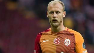 Transfer çalışmalarını sürdüren Galatasaray, eski oyuncusu Semih Kaya'yla yeniden anlaştı. Sarı kırmızılı takıma geri dönen Semih Kaya Florya'ya geldi....