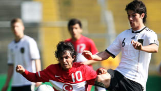 """Bu sezon gösterdiği performansla Denizlispor'un 9 yıl aradan sonra Süper Lig'e yükselmesinde büyük pay sahibi olan Recep Niyaz, """"Uzun yıllar Denizlispor'da..."""