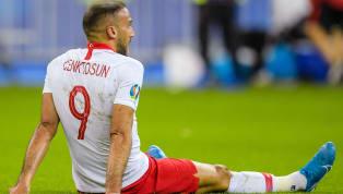 2020 Avrupa Futbol Şampiyonası Elemeleri'nde yarın akşam İzlanda ile karşı karşıya gelecek olan A Milli Takımımız'da sakatlığı bulunan golcü futbolcuCenk...