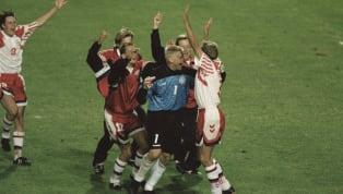 """Dopo la Top 11 all time della Danimarca, ecco i 4 momenti memorabili della Nazionale danese agli Europei. Il celeberrimo """"biscotto"""" per cui l'Italia piange..."""