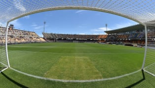 Lecce (4-3-1-2): Gabriel, Rispoli, Rossettini, Lucioni, Calderoni; Petriccione, Tachtsidis, Tabanelli; Shakhov; La Mantia, Lapadula. Cagliari (4-3-1-2):...
