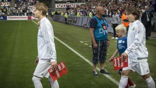 En pleine période de confinement en raison de la pandémie du coronavirus Covid-19, le football se joue en coulisses au Real Madrid. Le Covid-19 rebat les...