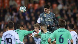 Real Madrid thủ hòa Valencia đầy kịch tính ở trận cầu muộn vòng 16 La Liga rạng sáng 16.12. Thibaut Courtois chính là người chơi hay nhất trận hòa 1-1 của...