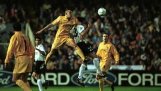 Leeds United dapat disebut sebagai salah satu klub besar Inggris yang sedang berusaha untuk bangkit dan kembali ke Liga Primer Inggris. Klub yang bermarkas...