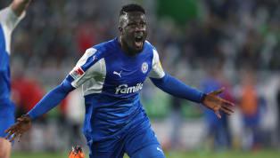 Der1.FC Kölnhat offenbar den nächsten Storch an Land gezogen: Laut übereinstimmenden Medienberichten wechselt Kiels Kingsley Schindler im Sommer...