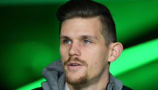 Aufgrund von vielen schweren Verletzungen blieb Sebastian Jung der Durchbruch beimVfL Wolfsburgverwehrt. Nun schließt sich der 29-jährige...