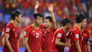 HLV Park Hang-Seo vừa nhận thêm tin không vui khi tuyến giữa tiếp tục thiệt quân vì Huy Hùng lên bàn mổ. Tiền vệ của tuyển Việt Nam Huy Hùng chấn thương bàn...