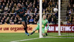 Hollanda Kupası çeyrek final turu randevusunda şampiyonluk adaylarından Ajax, Vitesse karşılaşmasından 3-0'lık skorla galip ayrılarak adını yarı finale...
