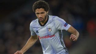 Takvim'de yer alan habere göre; sezon başında Beşiktaş'a kiraladığı Mohamed Elneny'yi satmayı düşünen Arsenal, futboldaki belirsizliğin ardından Mısırlı orta...