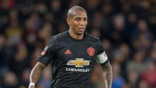 Thương vụAshley Young chuyển đến Inter Milan đã hoàn tất khiManchester Unitedđồng ý với số tiền chuyển nhượng. BREAKING: A £1.3m deal to bring Ashley...
