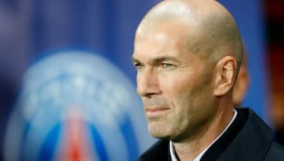 Jugés comme grands responsables de la défaite madrilène à Paris, l'entraîneur tricolore et les deux Belges en prennent pour leur grade,ce jeudi. Dans la...
