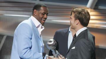 Tarjetas de novatos de LeBron James y Tom Brady se venderán por millones de dólares