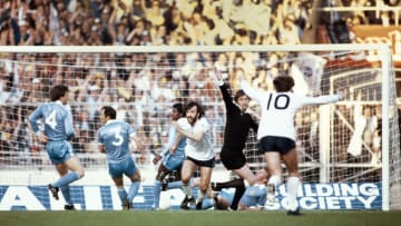 Ricky Villa in the 1981 FA Cup final replay