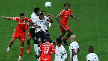 Sem mais delongas, definição do campeão acontece hoje. São Paulo e Corinthians são fiéis da balança.