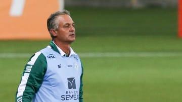 Treinador ainda não venceu no atual Campeonato Brasileiro