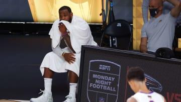 LeBron y los Lakers atraviesan por una severa crisis