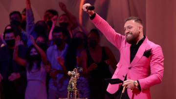 Conor McGregor protagonizó otra situación incómoda en un evento público