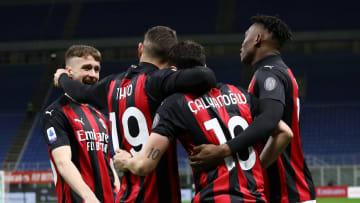 L'esultanza dei giocatori del Milan