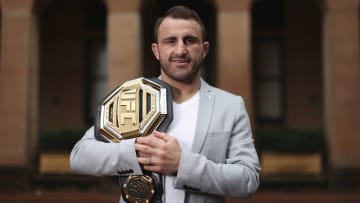 Alex Volkanovski vs Brian Ortega UFC 260 featherweight title bout odds, prediction, fight info, stats, stream and betting insights.