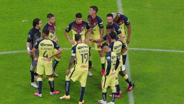 América y Necaxa se enfrentaron en el Estadio Azteca y las Águilas alzaron el vuelo al imponerse 2-1.