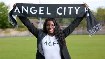Eniola Aluko joins Los Angeles' newest football club