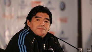 Maradona y un sorprendente equipo