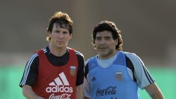 Argentina's football team coach Diego Ma. - Menotti habló de Maradona luego de la consagración de Messi.