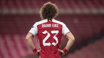 O zagueiro pode estar voltando ao futebol francês | Arsenal v Olympiacos - UEFA Europa League Round Of 16 Leg Two