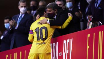 Joan Laporta avec Messi après le sacre en Coupe d'Espagne